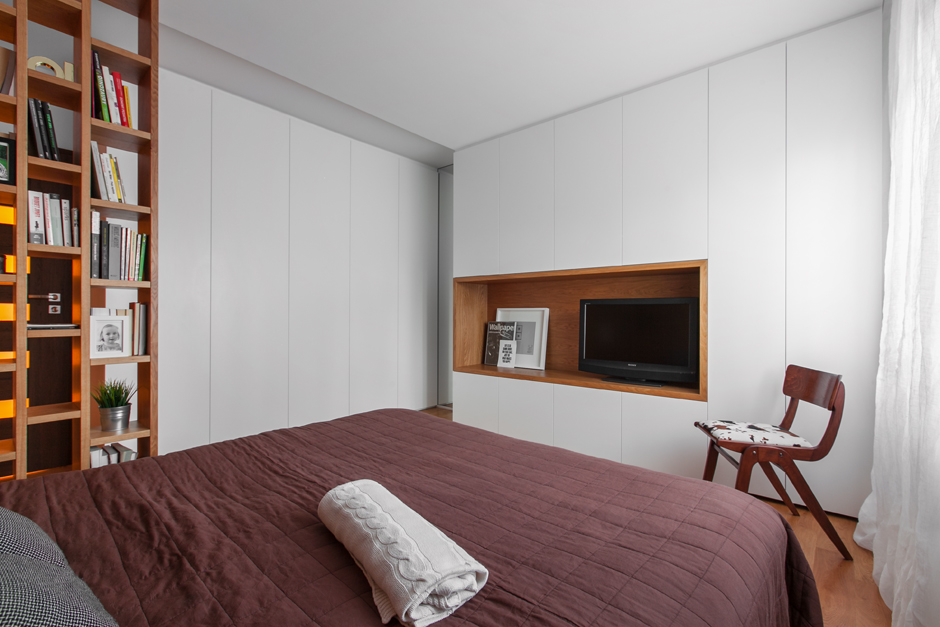 Przestronna sypialnia