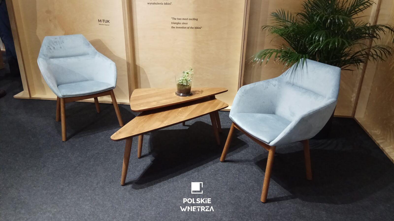 błęknitne krzesła | 30